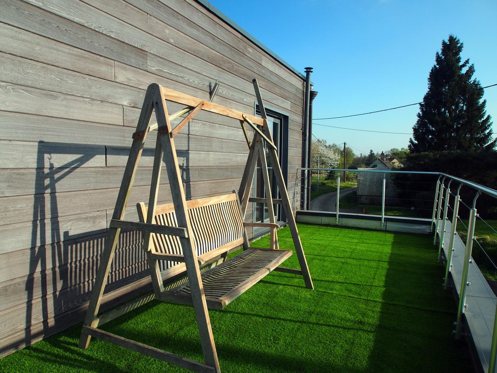 Balancelle sur toiture terrasse la maison bois for La toiture terrasse